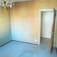 Apartament 3 camere-Masina de paine-necesita renovare