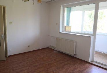 Craiovei: apartament 2 camere, centrala termica