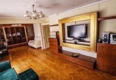 Apartament deosebit 4 camere cu boxa si garaj Icoanei