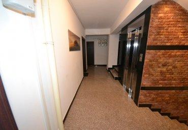 Petrom City - Coralilor, apartament 3 camere in bloc,