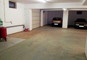 BANEASA - SISESTI, apartament 4 camere in bloc,